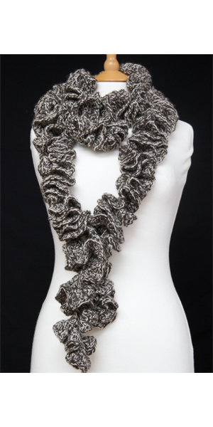 curly_whirly_crochet_scarf